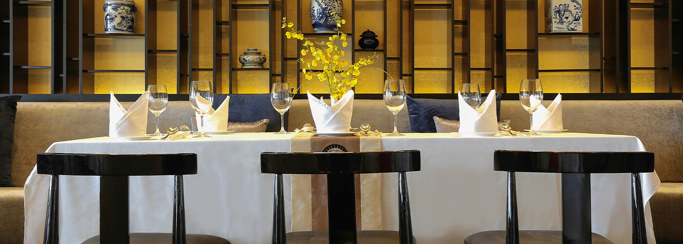 Sanctuary Yangzi Explorer Dynasty Dining Room